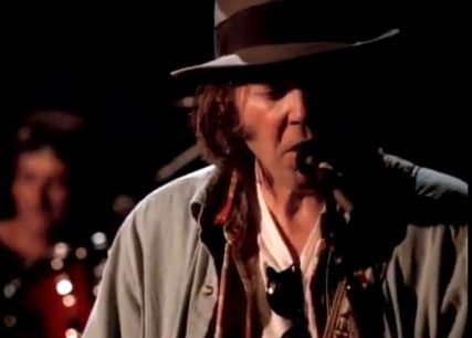 Neil Young (Screenshot: CNET)