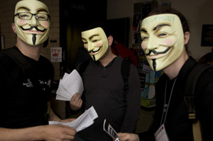 Am Guy-Fawkes-Tag will Anonymous die Website von Fox News hacken (Bild: via AnonOps-Blog).