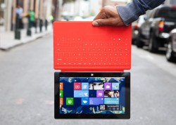 Microsoft Surface am Touch Cover