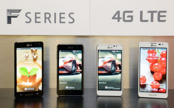 LGs Smartphone-Reihe Optimus F umfasst Mittelklasse-Modelle mit LTE (Bild: LG).