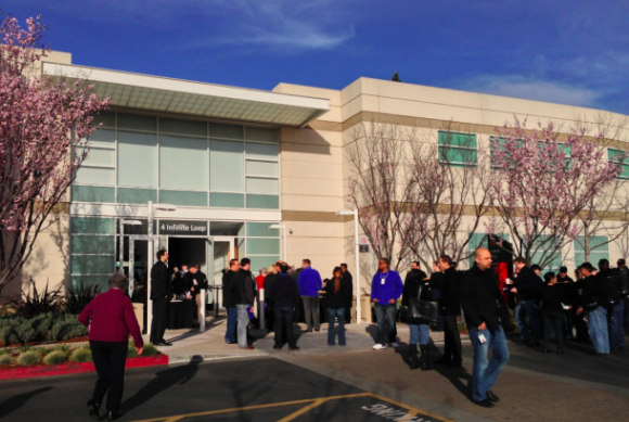 Apple-Hauptversammlung 2013