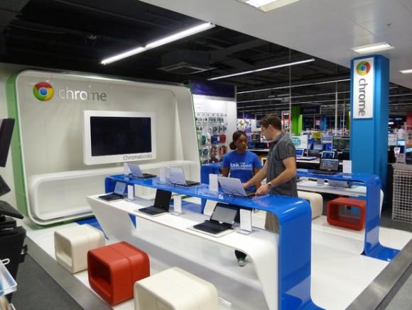 Chrome-Mini-Shop in einem britischen Elektronikmarkt (Bild: CNET Crave U.K.)