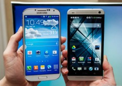 Samsung Galaxy S4 and HTC One soon come with stock Android (Photo: Sarah Tew / CNET.com)