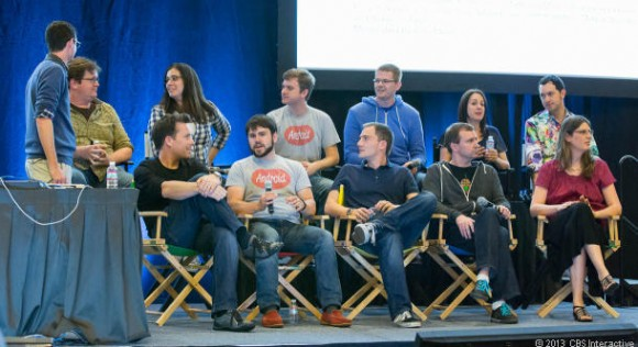 Mitglieder des Android-Teams stellen sich bei Google I/O den Fragen der Teilnehmer (Bild: Stephen Shankland / CNET.com)