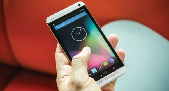 Das HTC One gibt es demnächst mit reinem Android ohne Sense-Oberfläche (Bild: HTC).
