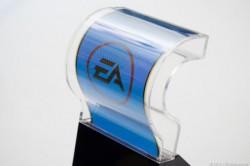 Biegsames Display von Samsung in Plastikgehäuse (Bild: news.com)