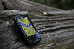 Outdoor-Navigationsgerät Monterra mit Android (Bild: Garmin)