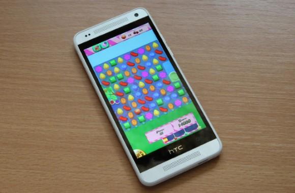 Das HTC One Max sieht im Prinzip genauso aus wie das kleinere One Mini (Bild via ePrice).