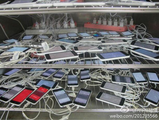 iPhone 5C: Kapazitätstest am Rande der  Herstellung (Bild: NowhereElse)