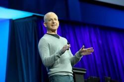 Steven Sinofsky im Einsatz als Windows-Chef (Bild: Microsoft)