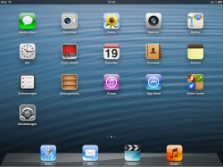 iOS 6 Home Screen