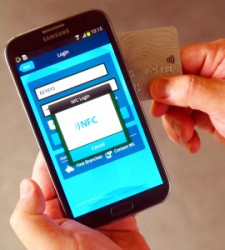 Per NFC verbundene Karte als zweiter Authentifizierungsfaktor (Bild: IBM)
