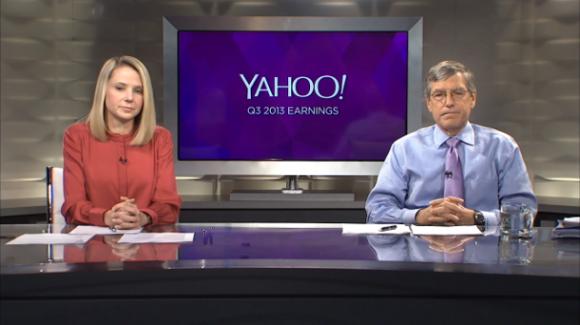 CEO Marissa Mayer und Finanzchef Ken Goldman  während der live übertragenen Analystenkonferenz