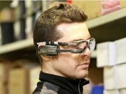 Die Datenbrille M100 kann ab sofort für 999 Dollar vorbestellt werden (Bild: Vuzix).