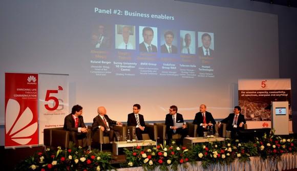 Auch künftige Kunden und Nutzer der 5G-Netzwerk-Technik, wie Telekom, Vodafone, Telefonica oder BMW, haben ihre Vorstellungen und Wünsche in den 5G@Europe Summit 2014 von Huawei mit eigenen Vorträgen und Diskussionen eingebracht (Foto: Harald Karcher).