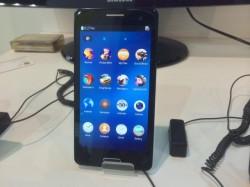 Infraware demonstriert auf dem MWC einen Tizen-Prototypen mit Android-Apps (Bild: News.com).