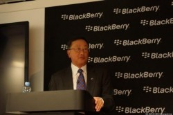 Blackberry-CEO John Chen bei einer Pressekonferenz auf dem Mobile World Congress in Barcelona (Bild: Brian Bennett / CNET)