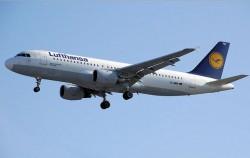 Lufthansa-Airbus (Bild: Adrian Pingstone, Public Domain)
