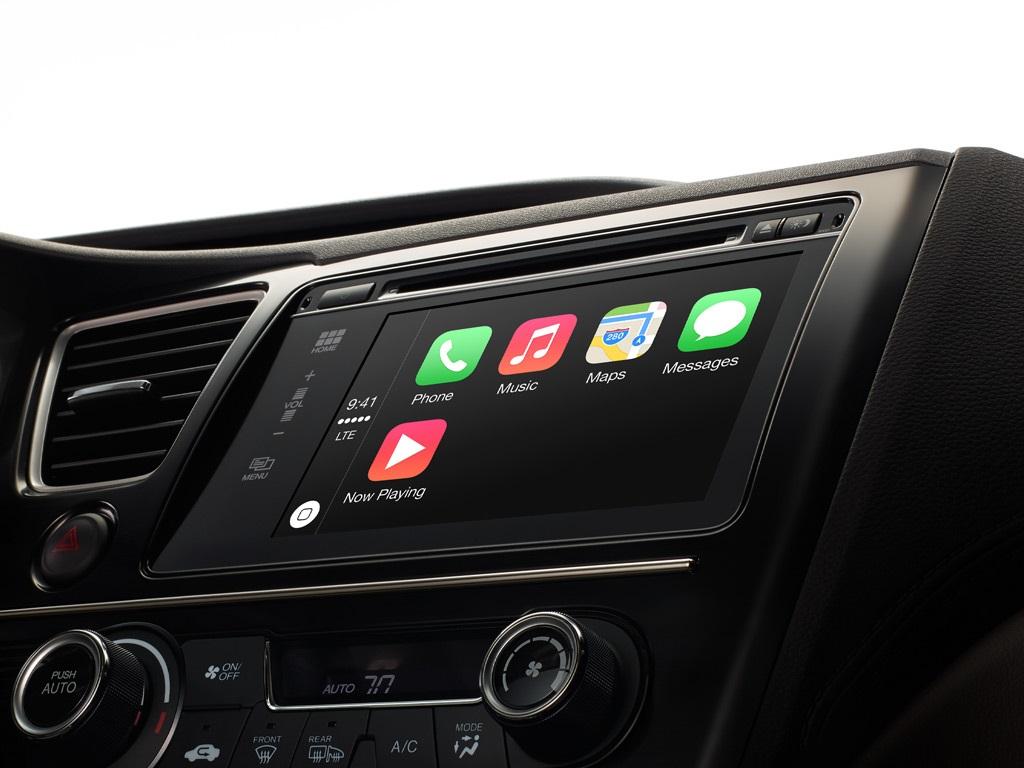Volkswagen zeigt PKWs mit Android Auto und Apple Car Play