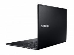 Samsungs Ativ Book 9 Style greift die Lederoptik des Galaxy Note 3 auf (Bild: Samsung).