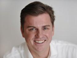 Tony Bates (Bild: Microsoft)