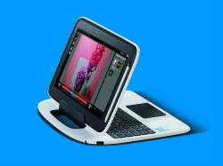 Zu Präsentationszwecken kann das Display auch umgekehrt auf die Basis aufgesteckt werden (Bild: Intel).