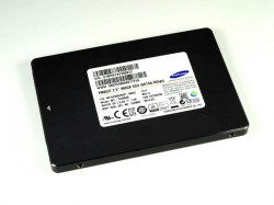 Die PM853T verwendet 3-BIT- oder TLC-NAND-Flash (Bild: Samsung).