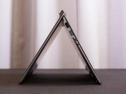Lenovo Chromebook N20p im Zelt-Modus (Bild: CNET)