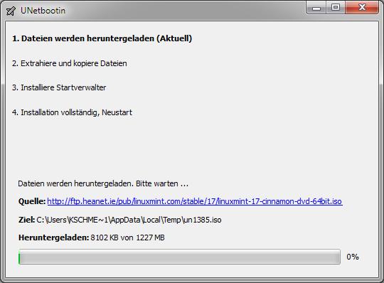 """UNetbootin: Mit einem Klick auf """"OK"""" startet der Download der ausgewählten ISO. Anschließen erstellt UNetbootin einen bootfähigen USB-Stick."""