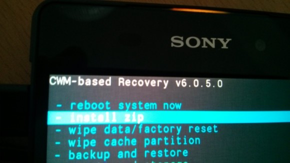 Sony Xperia Z: Install zip from sd-card