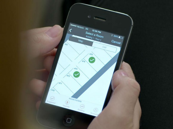 Mit der verbesserten Hilton-App sollen Hotelgäste künftig ihr Zimmer vorab auf einem Lageplan auswählen und einchecken können (Bild: Hilton Worldwide).