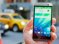 Das One M8 findet offenbar nicht genügend Käufer, um HTCs Abwärtstrend zu stoppen (Bild: CNET.com).