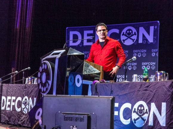 Ladar Levison gab auf der DefCon in Las Vegas einen Überblick über den aktuellen Entwicklungsstand von DarkMail (Bild: Seth Rosenblatt/CNET).