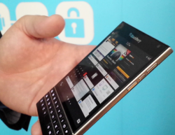 BlackBerry Passport (Bild: Larry Dignan / ZDNet.com)