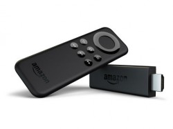 Der Fire TV Stick wird mit einer Fernbedienung ausgeliefert (Bild: Amazon).