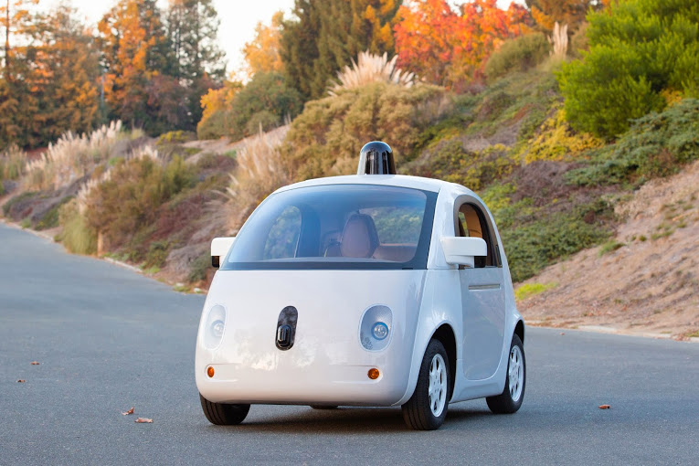 Google demonstriert voll funktionsfähiges selbstlenkendes Auto