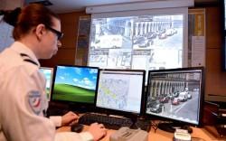 Auswertung von Überwachungskameras durch die Pariser Polizei (Bild: Gendarmerie Nationale)