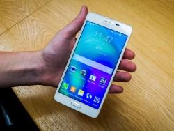 Das Samsung Galaxy A5 kostet 399 Euro (Bild: Jessica Dolcourt/CNET).