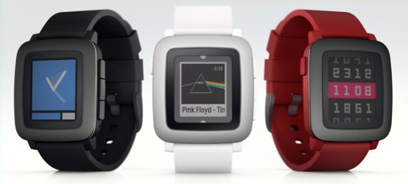 Drei Farbvarianten von Pebble Time (Bild: Pebble)