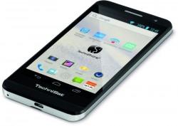Das TechniPhone 5 ist ab sofort für 300 Euro erhältlich (Bild: TechniSat).