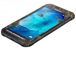 Das Galaxy Xcover 3 ist nach IP67 und MIL-STD 810G gegen Staub, Wasser und Erschütterungen geschützt (Bild: Samsung).
