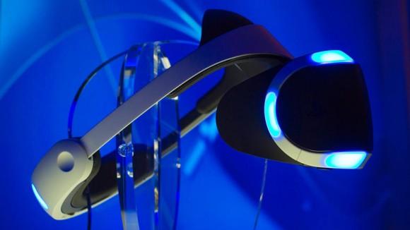 """Der auf der GDC gezeigte Prototyp der Virtual-Reality-Brille """"Morpheus"""" besitzt ein 5,7-Zoll-Display (Bild: James Martin/CNET)."""