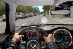 BMW Mini Augmented Vision: Anzeige (Bild: BMW)