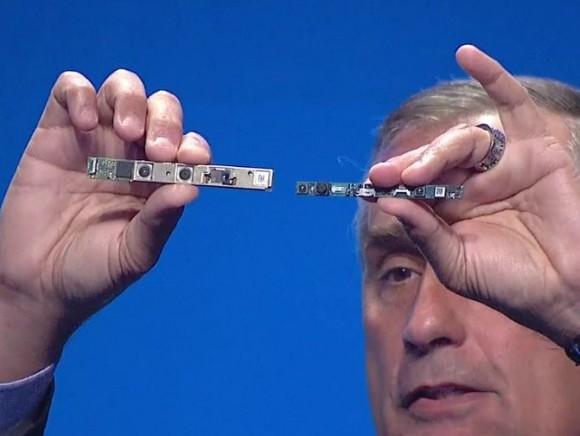Intel konnte das 3D-Kamerasystem um rund die Hälfte verkleinern (Screenshot: ZDNet.de).