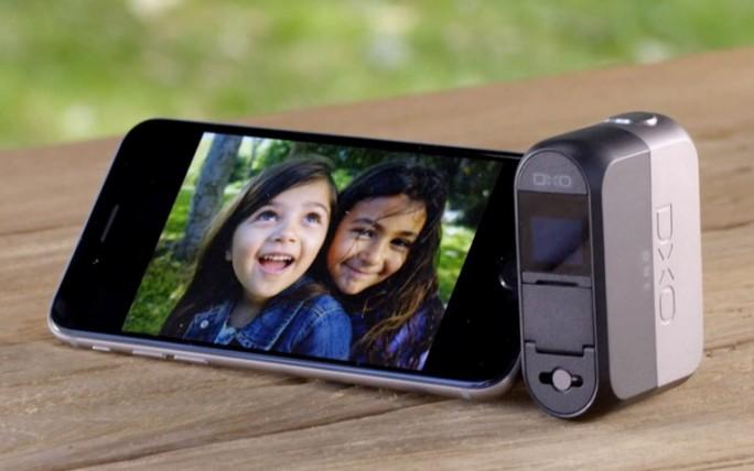 DxO One mit iPhone (Bild: DxO)