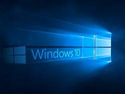 Windows-10-Schriftzug-Blau-beleuchtet (Bild: ZDNet.de)