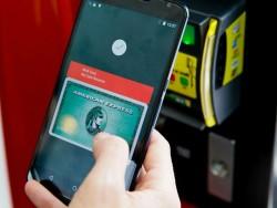 Android Pay erlaubt via NFC das Bezahlen mit dem Smartphone (Bild: James Martin/CNET).