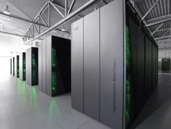 Der Jülicher Höchstleistungsrechner JUQUEEN war der erste Supercomputer Europas mit einer Rechenleistung von über 5 Petaflops (Bild: Forschungszentrum Jülich).