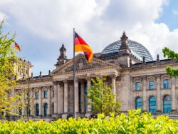 Deutscher Bundestag (Bild: Shutterstock/Rostislav Ageev).