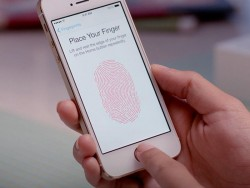 iPhone mit Touch ID (Bild: Apple)